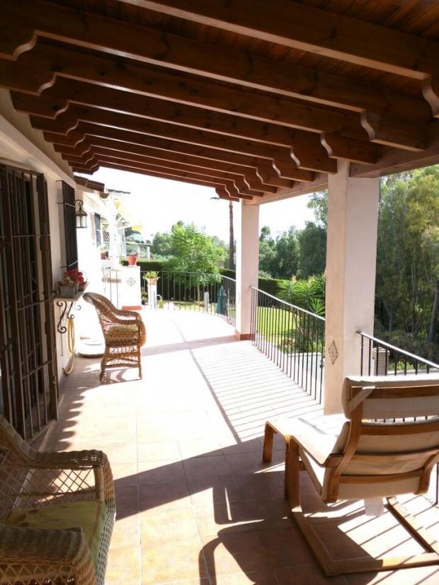 Comprar una Villa en Marbella con Magna Estates-2-411P