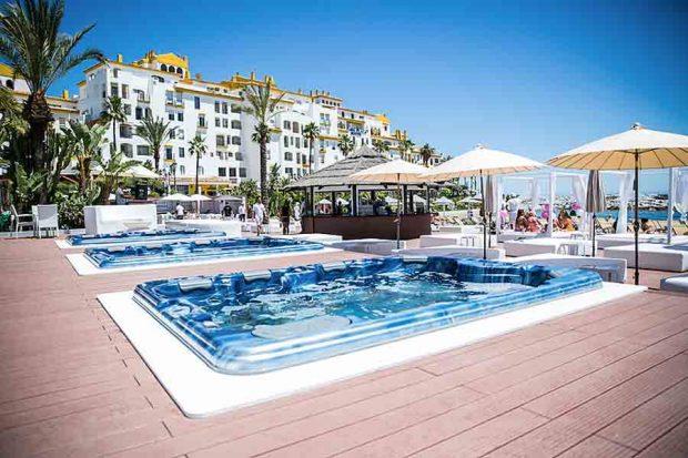 Los-mejores-Beach-Clubs-en-Marbella-2