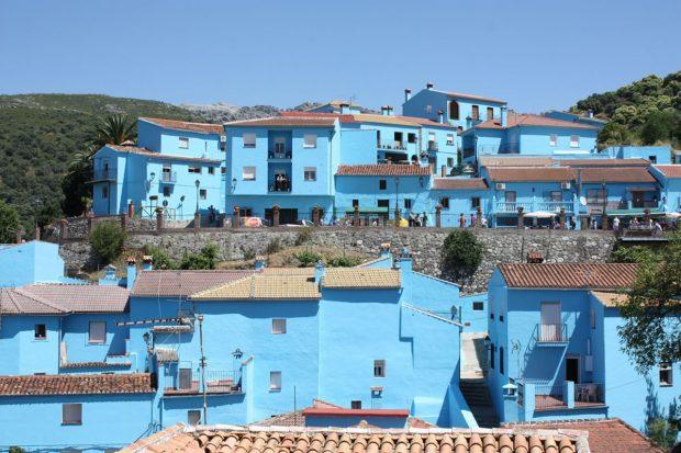 juzcar-pueblos-blancos-de-andalucia-cerca-de-marbella