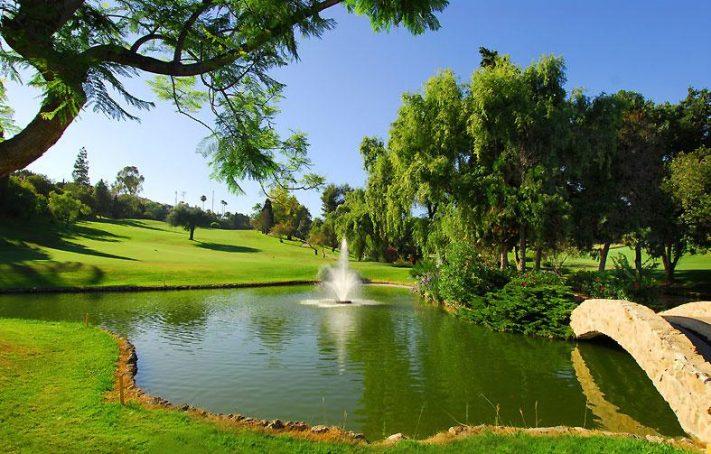 Jugar al Golf en España - Aloha Golf Club