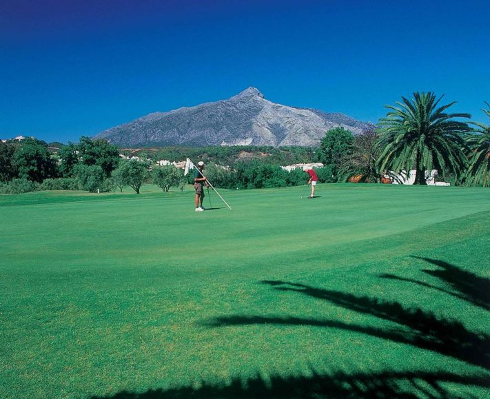 Jugar al Golf en España - Los Naranjos Golf Club